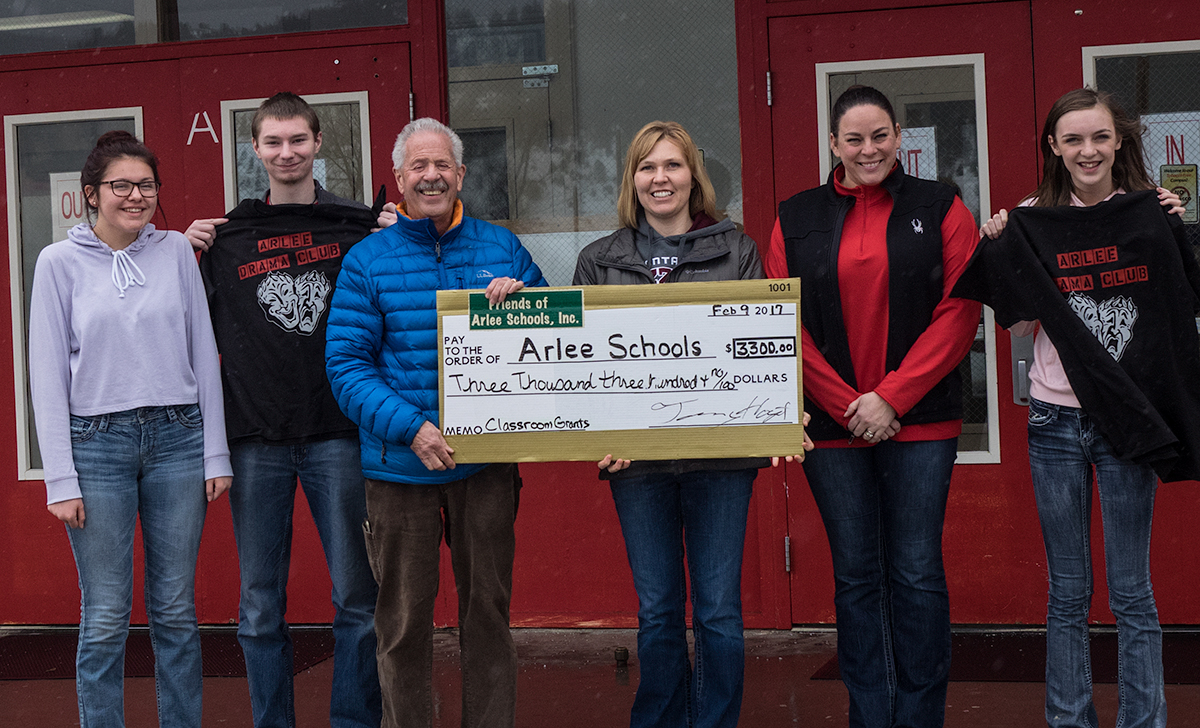 2016 Friends of Arlee School Mini-grant check being presented